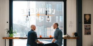 Café l'Étincelle, les deux frères